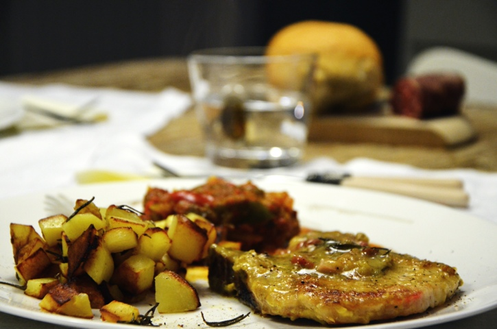 Pork chops with peppers and potatoes